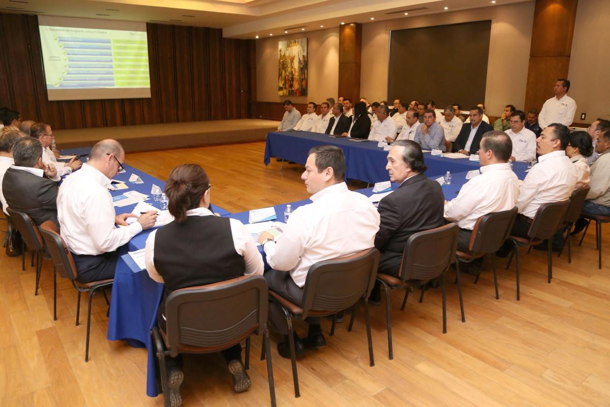 060255-trabaja-tamaulipas-en-normas-mas-claras-para-mayor-simplificacion-de-tramites-y-servicios